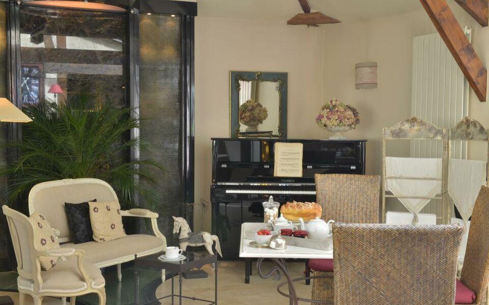 h tel st pierre saumur frankreich. Black Bedroom Furniture Sets. Home Design Ideas