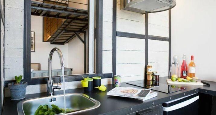 Surprenantes jules verne a design boutique hotel nantes for Hotel design nantes