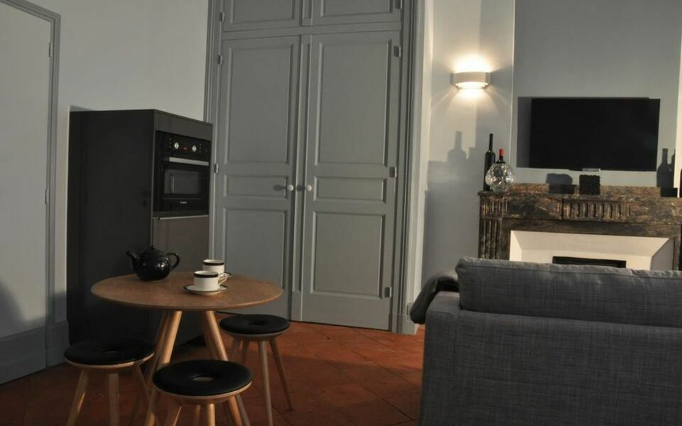 small bedrooms designs pictures suite voltaire a design boutique hotel carcassonne 17228