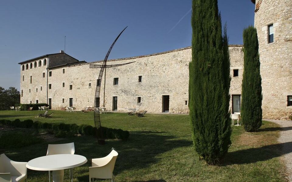 Ch U00e2teau De Salettes  Cahuzac-sur-v U00e8re  France