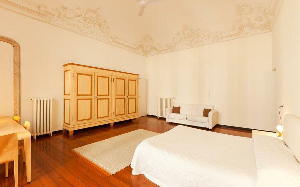 Residenza d 39 epoca di palazzo cicala genes italie my for Boutique hotel genova