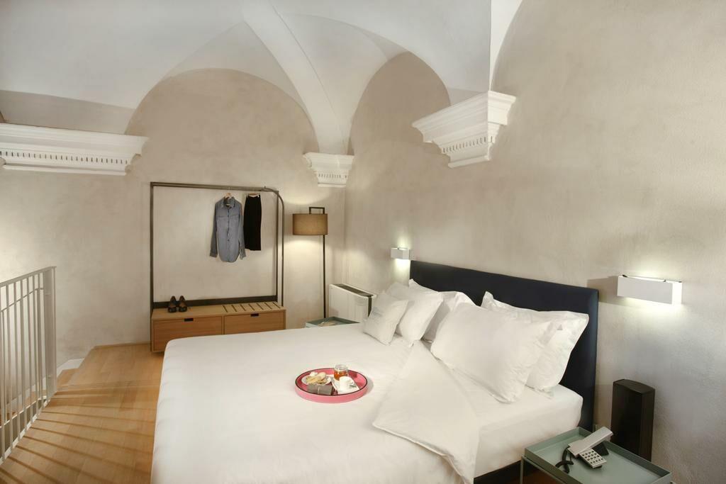 Hotel palazzo grillo genes italie my boutique hotel for Boutique hotel genes
