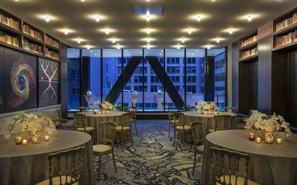 Hotel emc2 autograph collection a design boutique hotel for Hotel decor chicago