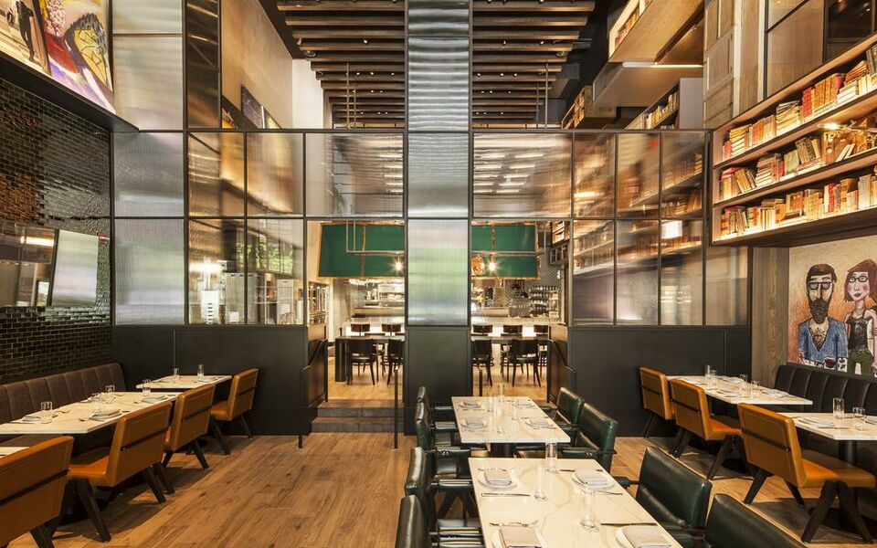 Hotel emc2 autograph collection a design boutique hotel for Top boutique hotels in chicago