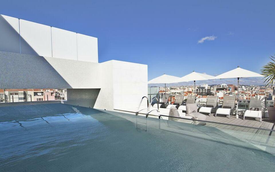 Hotel white lisboa a design boutique hotel lisbon portugal for Lisbon boutique hotel swimming pool
