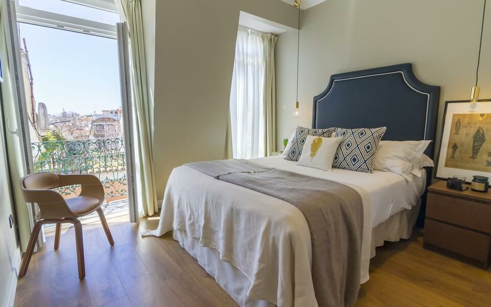 Bairro alto suites a design boutique hotel lisbon portugal for Design boutique hotel lisbon