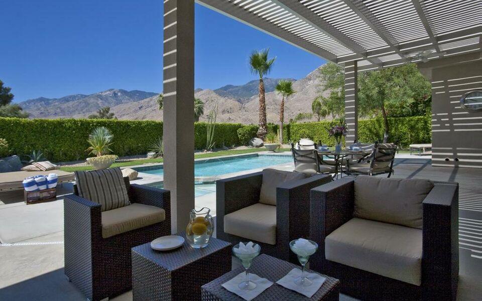 Hotels Near Palm Springs Airport California
