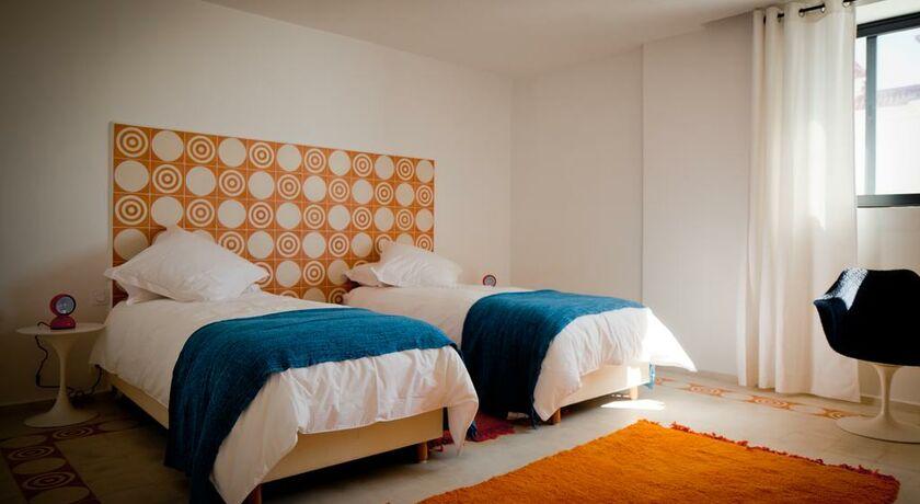 Vila bea moulay bousselham maroc my boutique hotel for Chambre double lits jumeaux