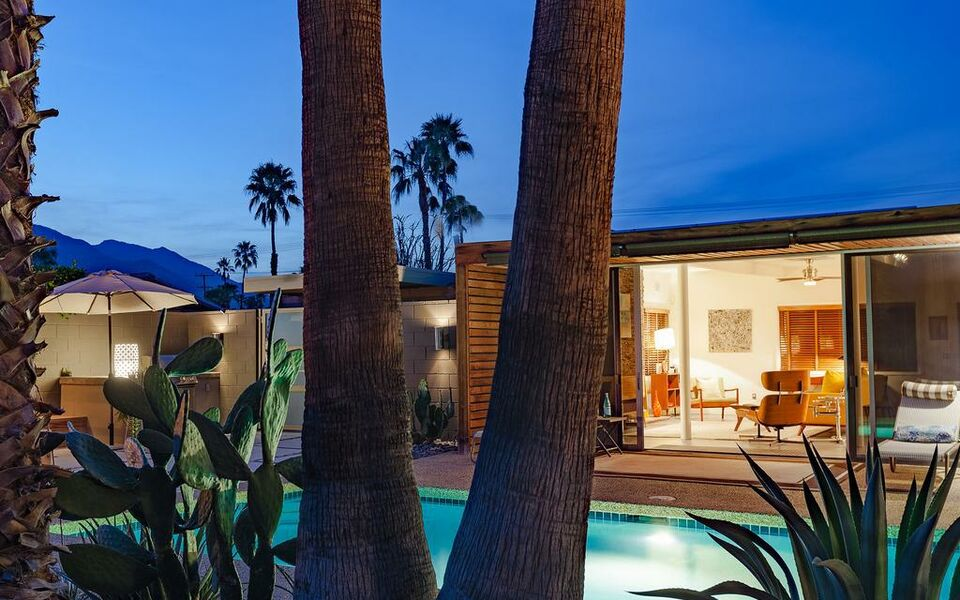 Lucy i 39 m home a design boutique hotel palm springs u s a for The lucy house palm springs