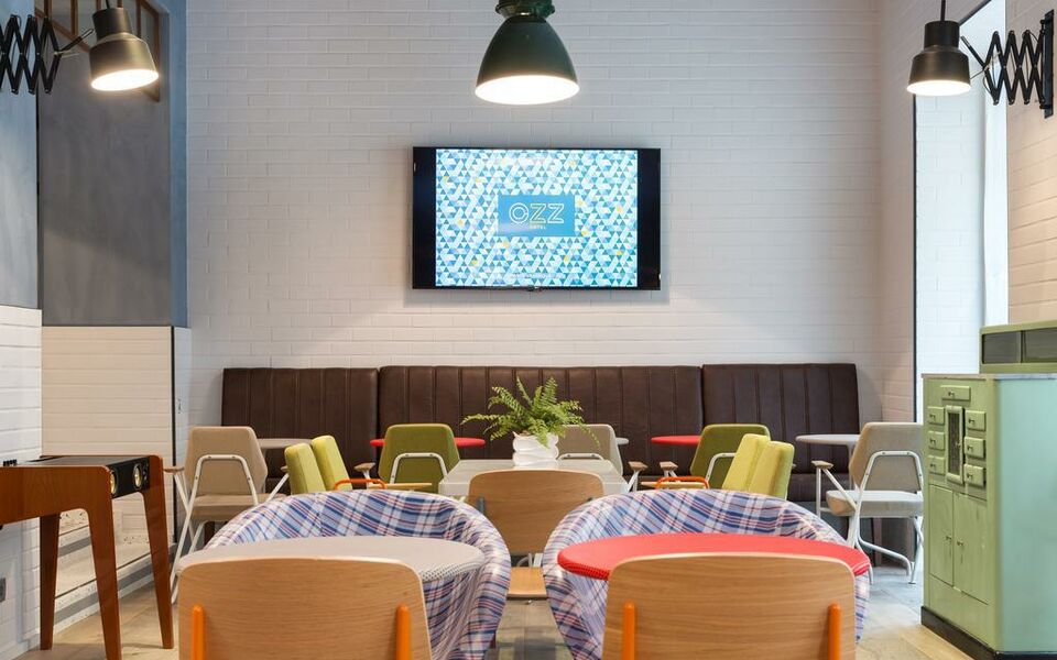 H tel ozz by happyculture a design boutique hotel nice for Design hotels in france