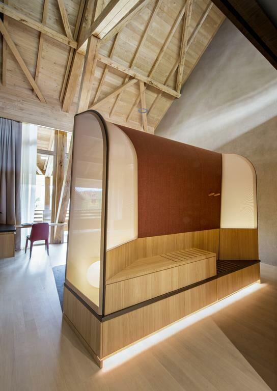 hotel des berges illhaeusern frankreich. Black Bedroom Furniture Sets. Home Design Ideas