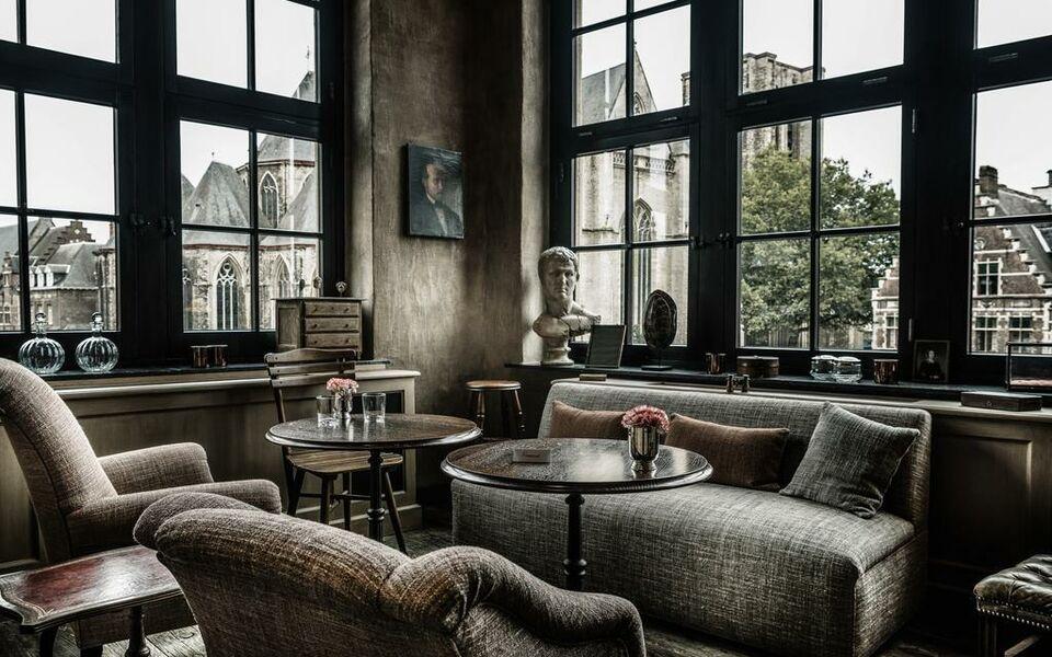 1898 the post ghent belgien for Design boutique hotels ghent