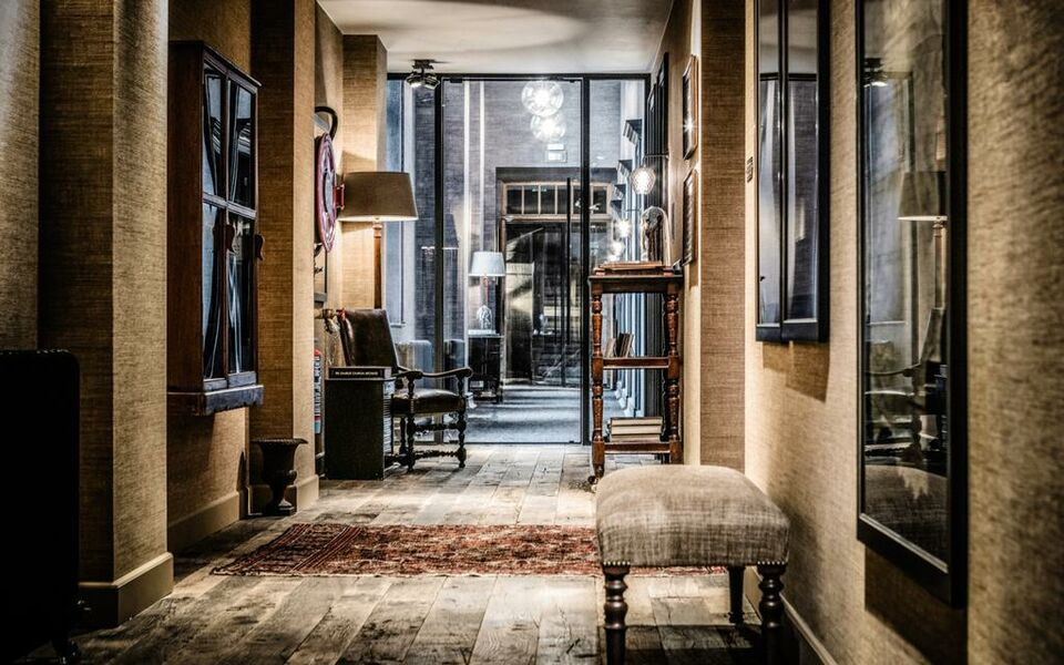 1898 the post a design boutique hotel ghent belgium for My boutique hotel
