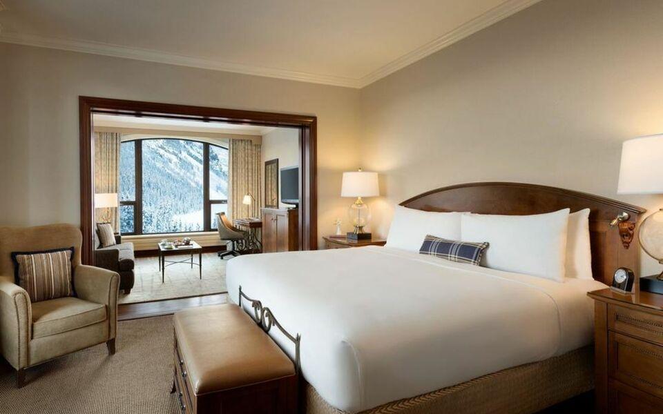 Lake Louise Fairmont Hotel Spa