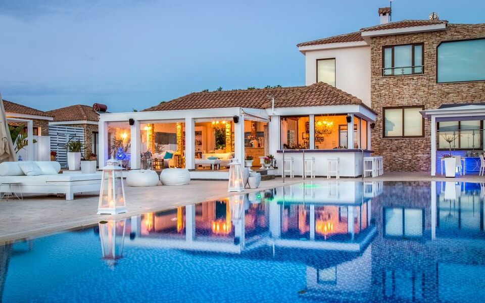 Guru Boutique Suites - Adults Only, Ayia Napa (1)