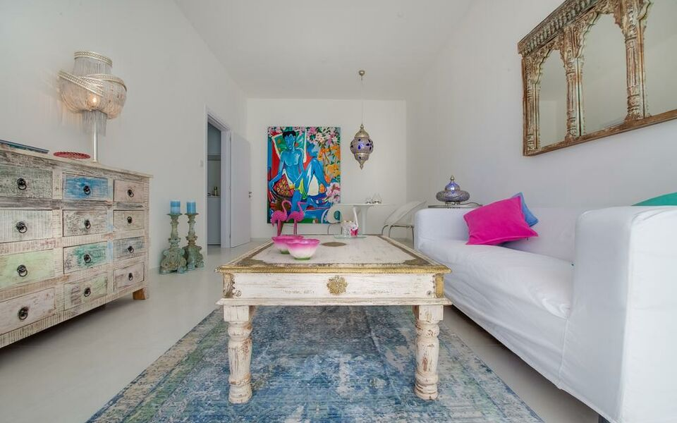 Guru Boutique Suites - Adults Only, Ayia Napa (2)