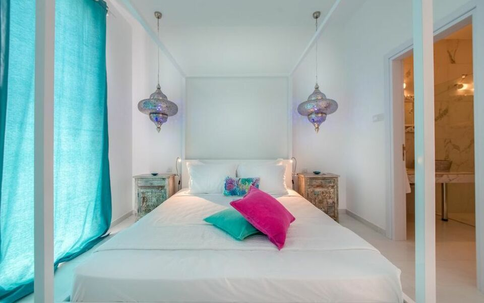 Guru Boutique Suites - Adults Only, Ayia Napa (5)