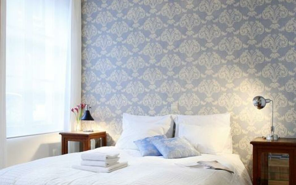 Ghent House Bed And Breakfast