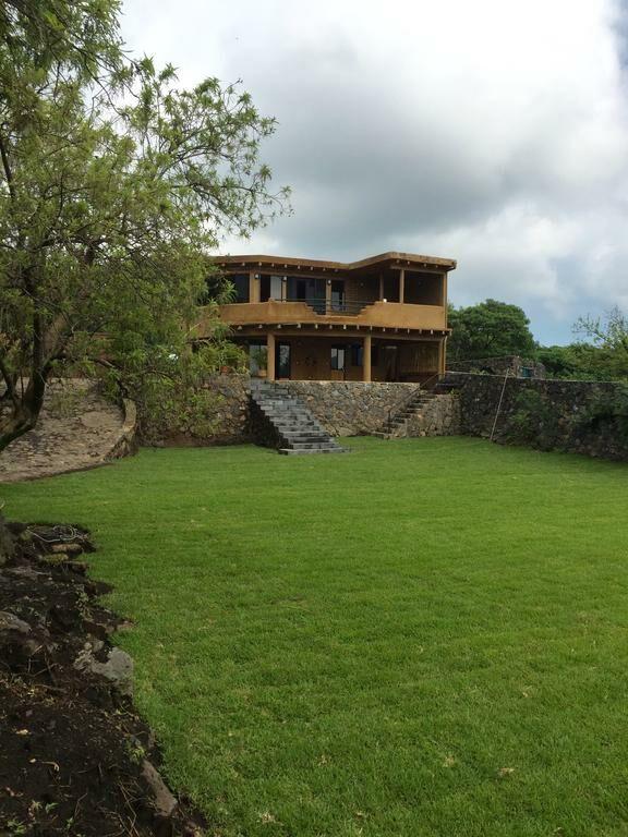Casa valle mistico tepoztl n mexiko for Hotel villas valle mistico