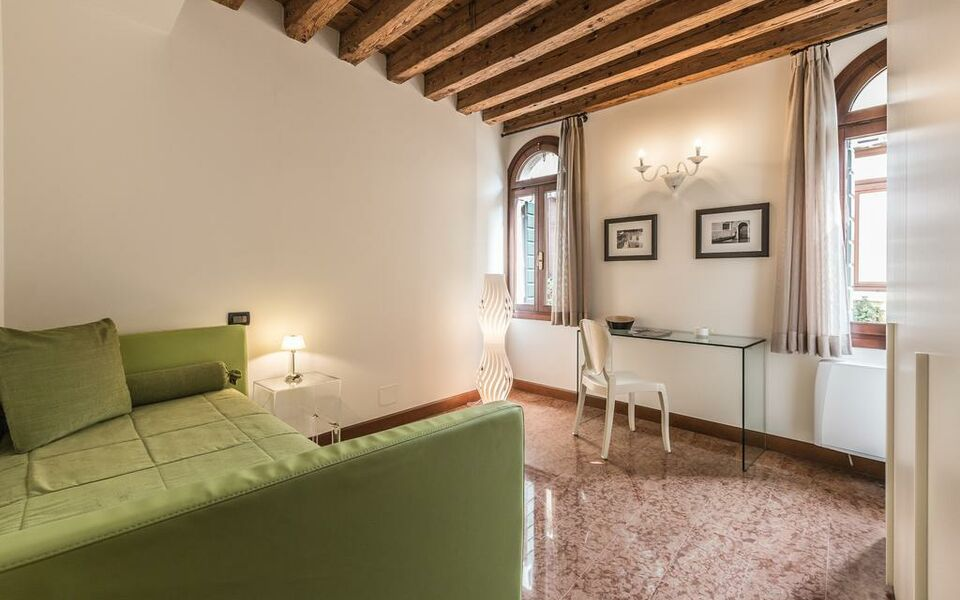Venice Airport Hotels Family Rooms