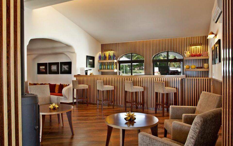 vidamar sao rafael villas apartments guest house a design boutique hotel albufeira portugal. Black Bedroom Furniture Sets. Home Design Ideas