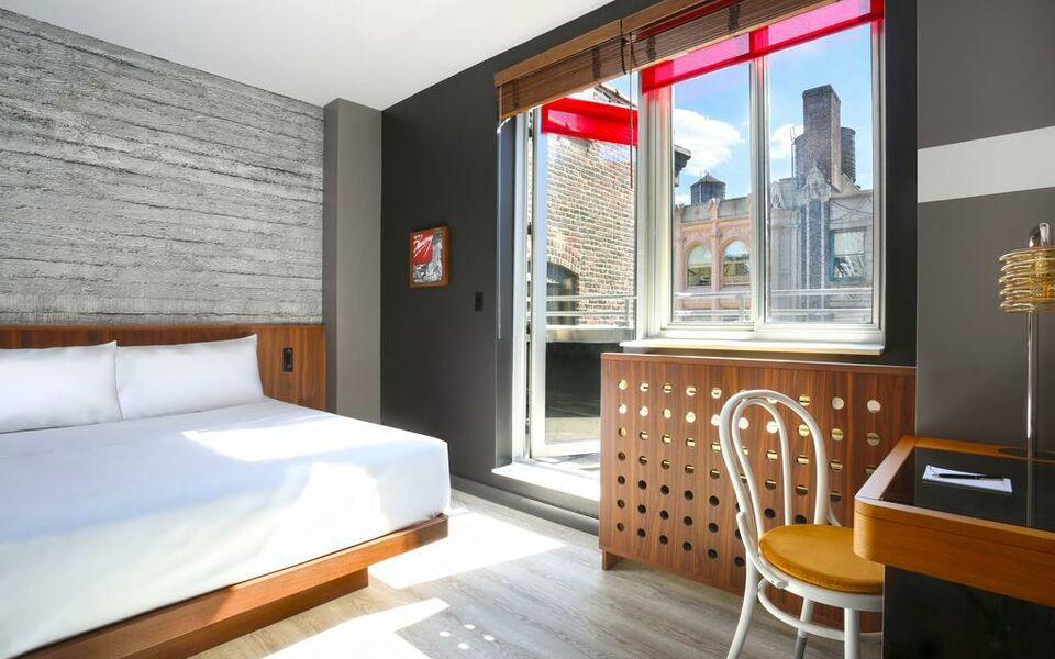 Hotel henri new york a wyndham hotel a design boutique for Design boutique hotels new york