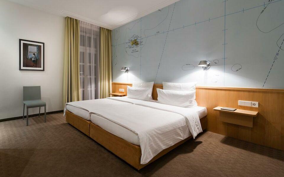 design hotel stadt rosenheim a design boutique hotel. Black Bedroom Furniture Sets. Home Design Ideas