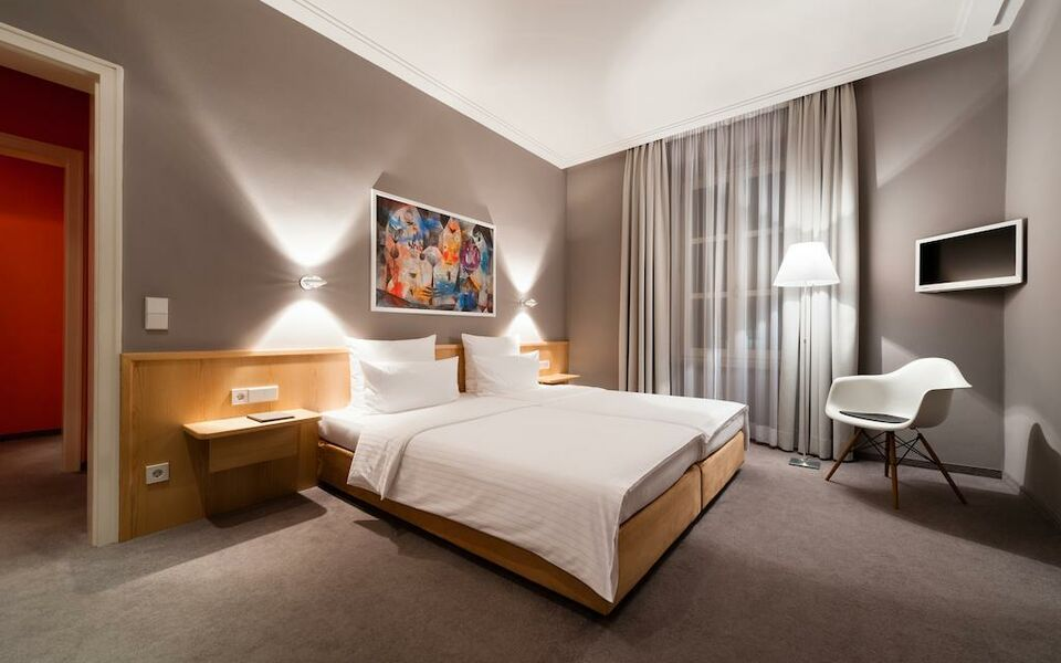 Design hotel stadt rosenheim a design boutique hotel for Design hotel muenchen