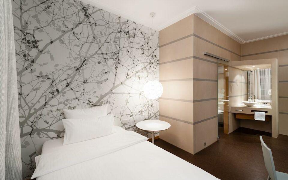 design hotel stadt rosenheim munich allemagne my boutique hotel. Black Bedroom Furniture Sets. Home Design Ideas
