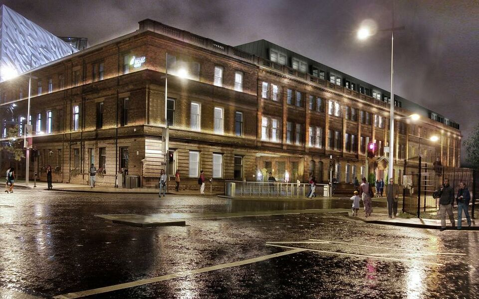 Titanic hotel belfast a design boutique hotel belfast united kingdom for Family hotels belfast swimming pool