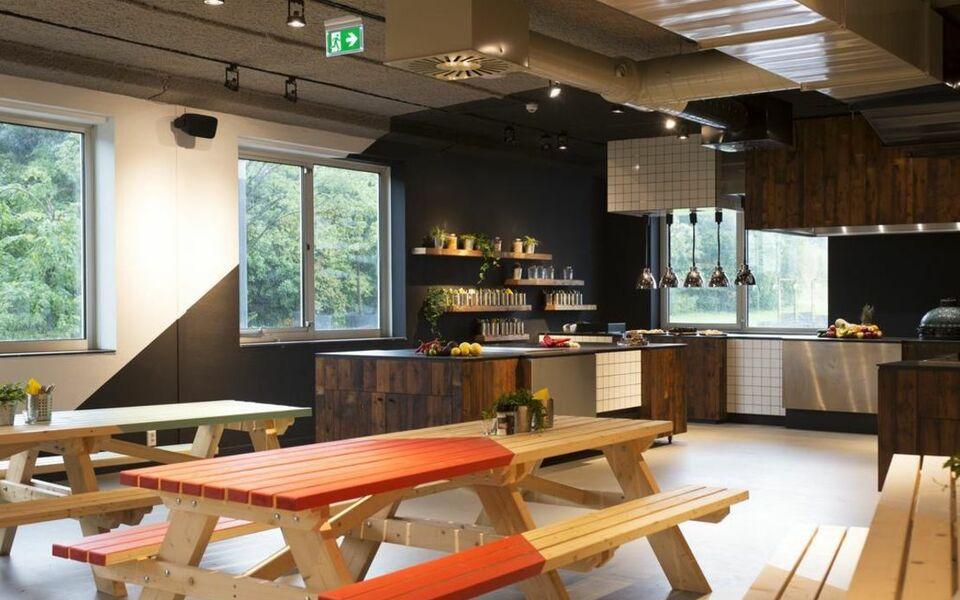 Via amsterdam a design boutique hotel amsterdam netherlands for Design amsterdam hotel