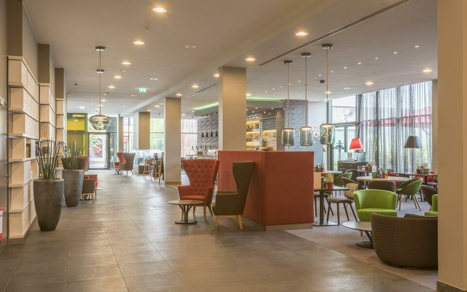 Holiday inn munich westpark a design boutique hotel for Design hotel muenchen