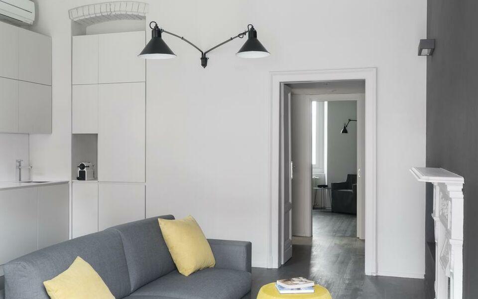 Brera apartments in porta ticinese a design boutique for Boutique hotel milano navigli