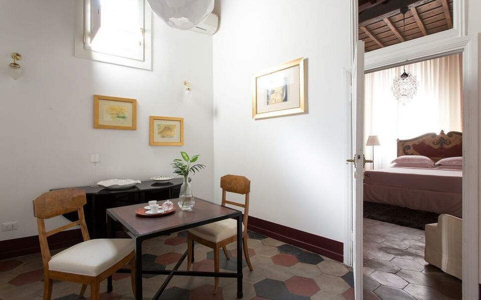 onefinestay - Centre of Rome private homes, Rome (19)