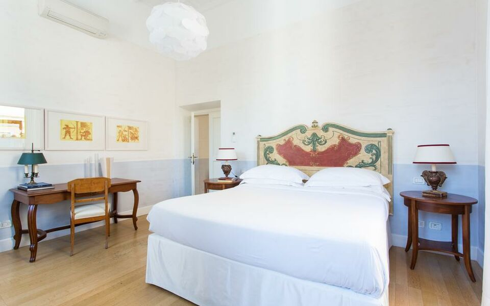 onefinestay - Centre of Rome private homes, Rome (22)