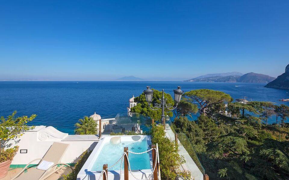 Luxury villa excelsior parco a design boutique hotel for Capri luxury villas