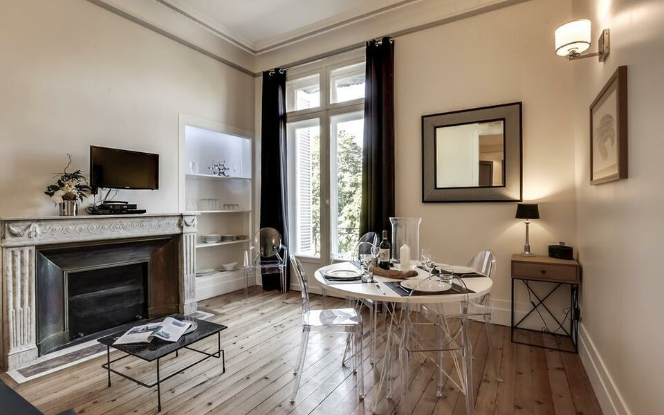 Appartements Place Gambetta - YBH, Bordeaux (4)