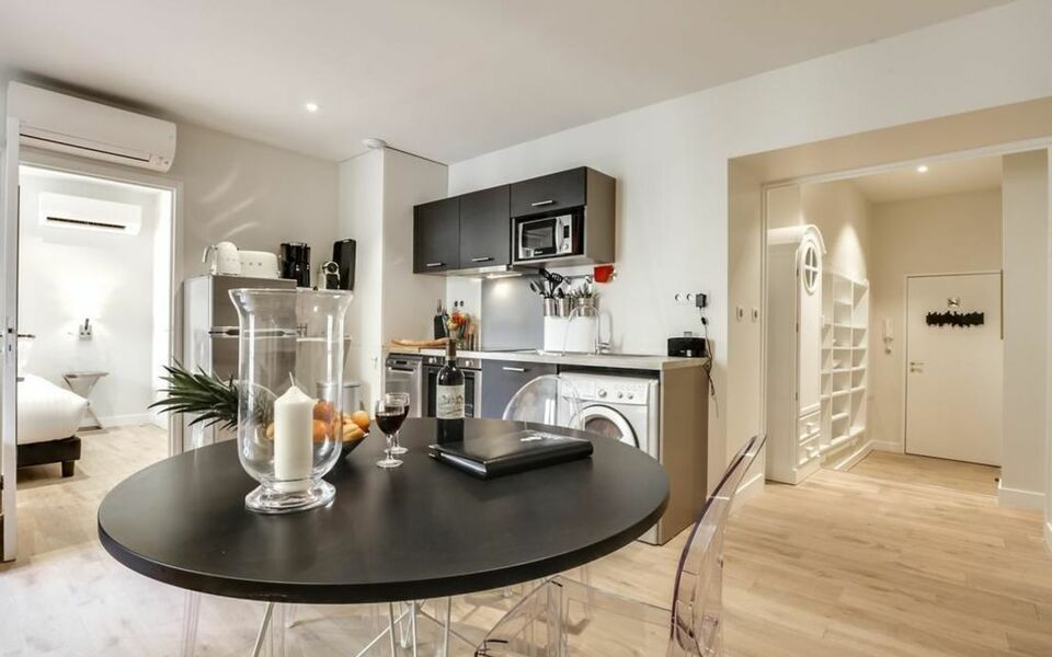 Appartements Place Gambetta - YBH, Bordeaux (5)