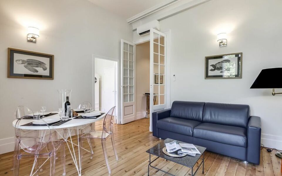 Appartements Place Gambetta - YBH, Bordeaux (6)