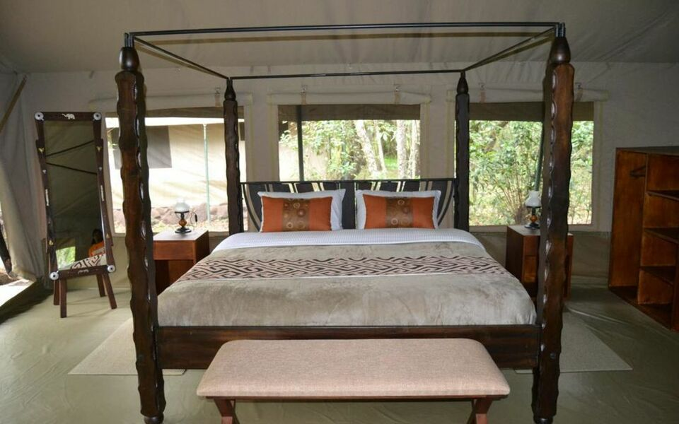 Mara River Camp, Aitong (15)