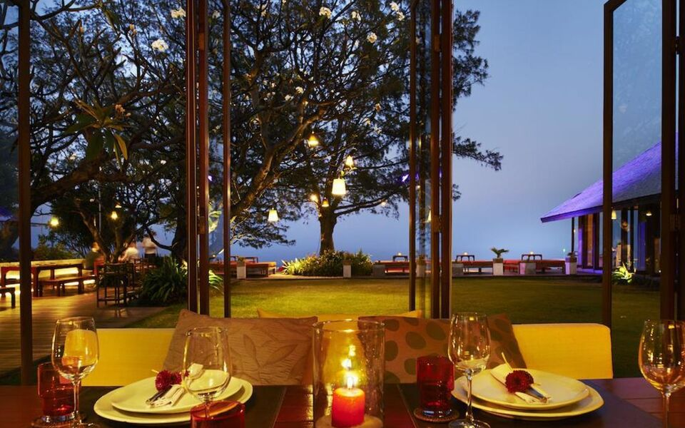 Let 39 s sea hua hin al fresco resort a design boutique for Design hotel hua hin