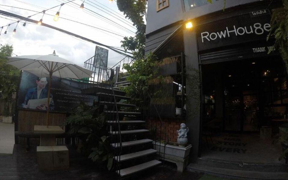 Rowhou8e hostel hua hin 106 a design boutique hotel hua for Design hotel hua hin