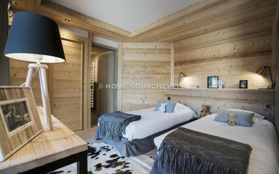 Chalet eiger monch a design boutique hotel courchevel france for Boutique hotel ski