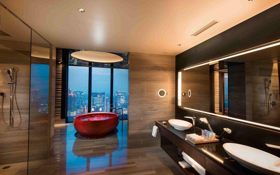 Conrad osaka a design boutique hotel osaka japan for Boutique hotel osaka