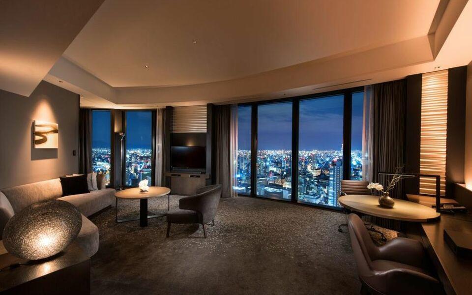 Conrad osaka a design boutique hotel osaka japan for Best boutique hotels osaka