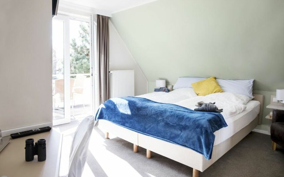 Hotel jess am meer a design boutique hotel b sum germany for Design hotels am meer
