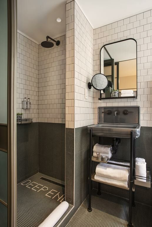 Moxy Nyc Times Square A Design Boutique Hotel New York