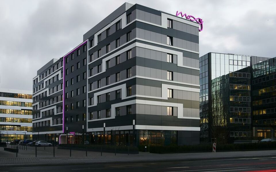 moxy frankfurt eschborn eschborn allemagne my boutique hotel. Black Bedroom Furniture Sets. Home Design Ideas