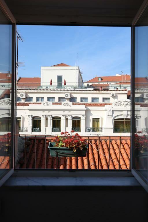 olivier apartments downtown lisbon lissabon portugal. Black Bedroom Furniture Sets. Home Design Ideas