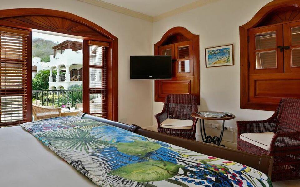 Cap maison resort spa a design boutique hotel cap for Boutique decoration maison